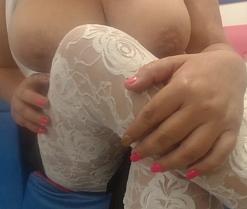 Mujer, 48 años, Colombia